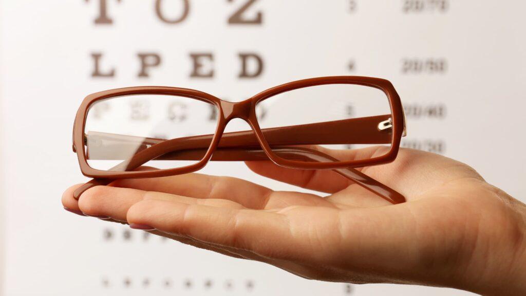 Lenses for Fully Rimmed Glasses